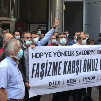 HDP'ye yapılan saldırıyı lanetliyoruz!